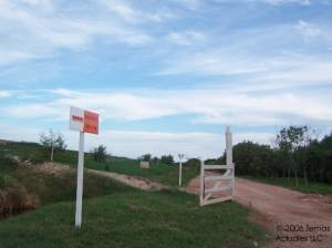 entrance to Gramacho's periphery road
