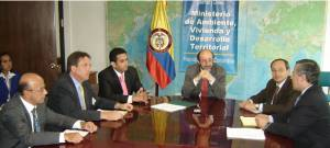 Minister Lozano and officials of Corpoica, CIAT, CVS & the World Bank