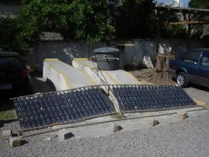 the PET bottle solar heater array mounted (click to enlarge) (photo: AEN)